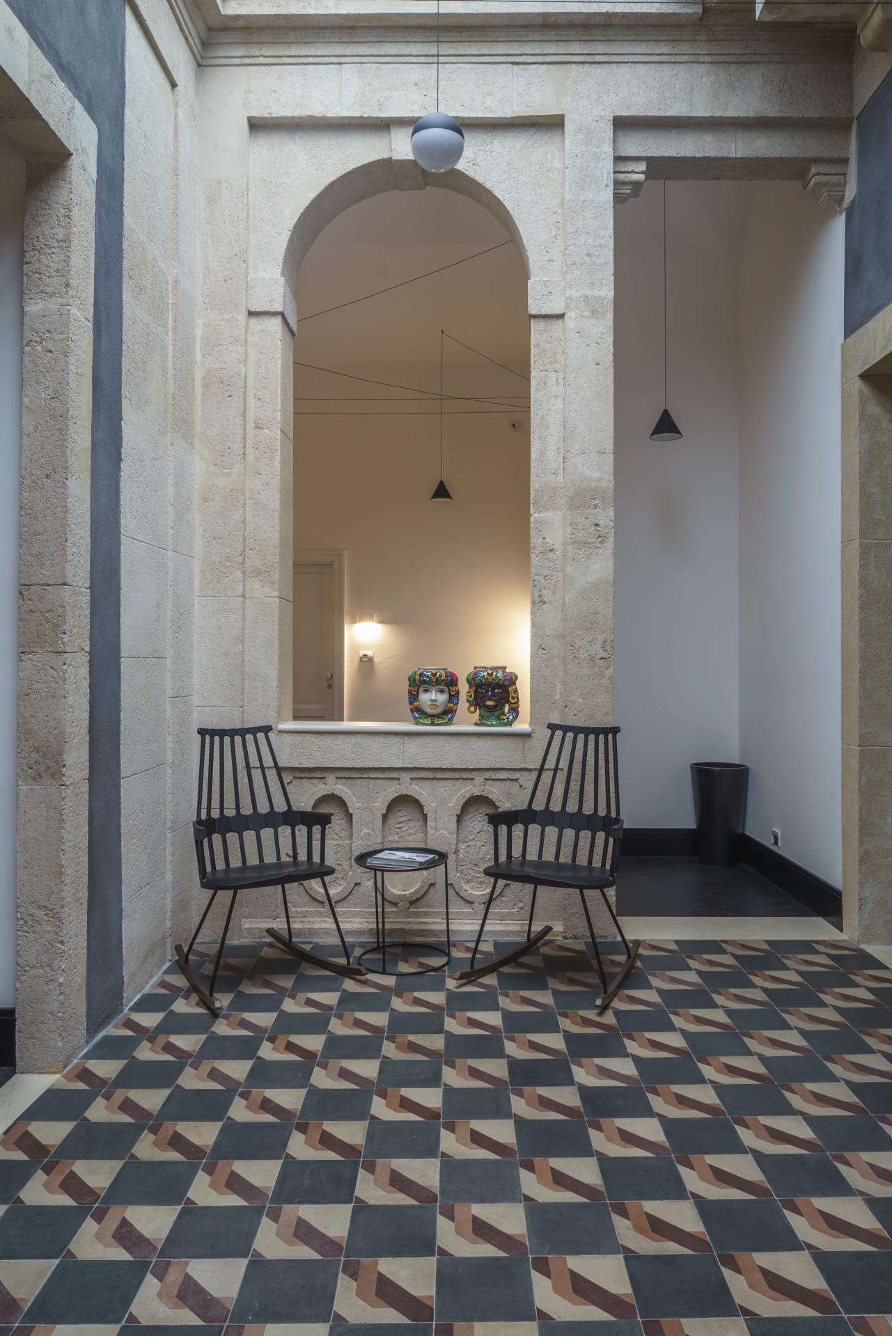 Cavedio-Arco-Hotel-BB-Piazza-Mazzini-Centro-Catania