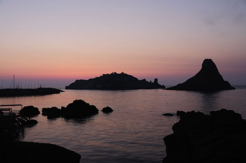 Islands_of_the_Cyclops_at_Dawn_Sicily_Italy_-_Creative_Commons_by_gnuckx